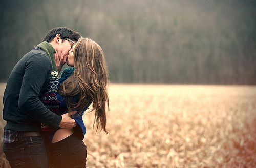 kissing is fun.Photos Ideas, Romantic Couples, Engagement Photos, Autumn, Cute Couples, Engagement Pics, New Years, Fields, Kisses