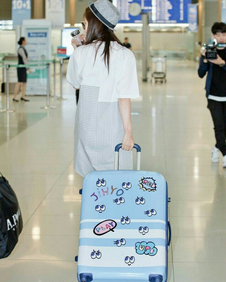 Song Ji Hyo At Incheon Airport Heading To Hawaii For