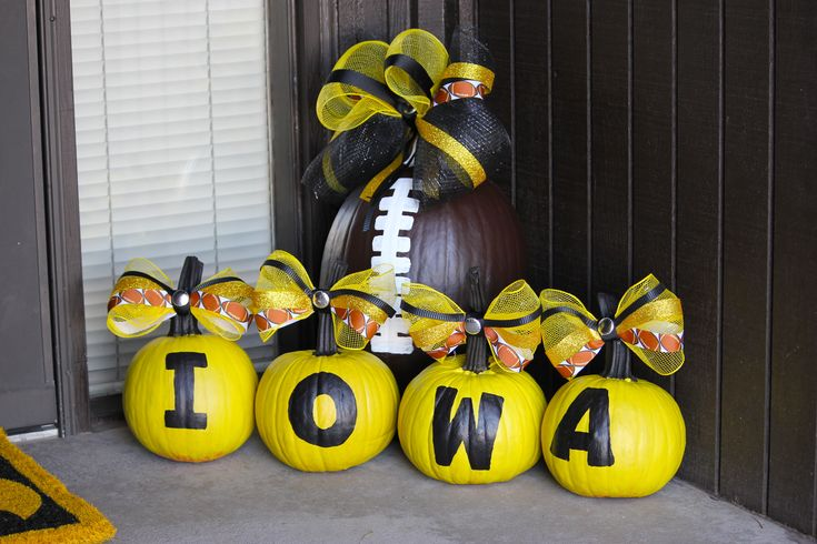 my IOWA HAWKEYE FOOTBALL pumpkins that everyone seemed to love on Hawkeye Heaven's post! :)