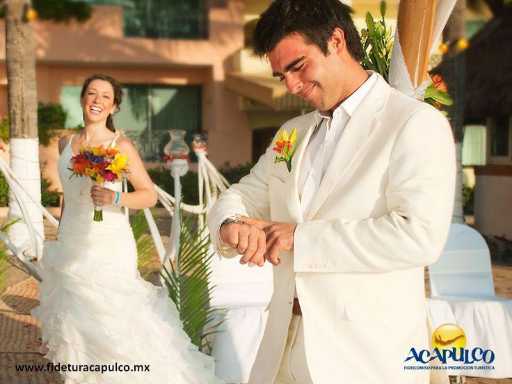 https://flic.kr/p/SMQyFM | Pierre de Mundo Imperial hará de tu boda el mejor evento de Acapulco. BODA EN ACAPULCO 2 | #bodaenacapulco Pierre de Mundo Imperial hará de tu boda el mejor evento de Acapulco. BODA EN ACAPULCO. El hotel Pierre de Mundo Imperial en Acapulco, te ofrece todos los servicios necesarios para que tu boda sea el evento del momento en el puerto, tales como increíbles instalaciones, banquete, decoración, música y mucho más. Obtén más información en la página oficial de…