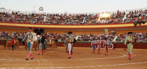 CARTEL El próximo domingo 19 Novillada en Estepona - Mundotoro.com #toros #carteltaurino