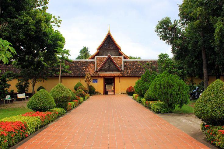 http://www.vietnamitasenmadrid.com/laos/templo-sisaket.html Sisaket Temple (Vientiane, Laos)