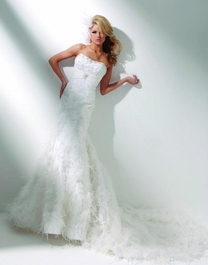 Bridal Dress with tulle & lace with maraboo by Tony Bolws code T 211276