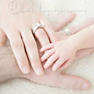 newborn pic by monique