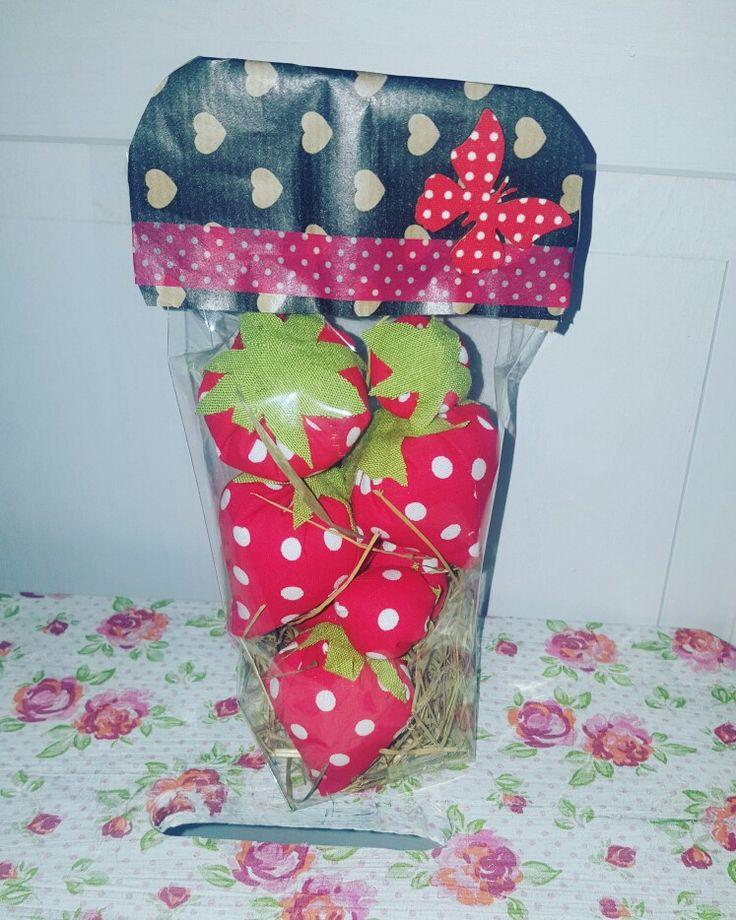 Eine Tüte Erdbeeren