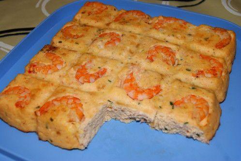 Voici une recette de Guy Demarle !! 300 g de crevettes roses 400g de saumon ou autre poisson blanc 70g de pain de mie 70g de lait 3 oeufs 30g de beurre fondu 100g de crème fraîche épaisse ciboulette, sel, poivre Préchauffez votre four à 170°C. Placez...