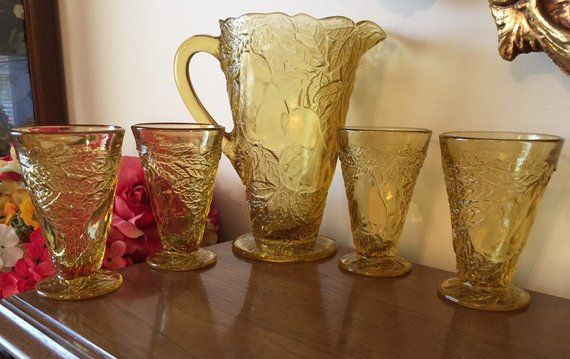 Yellow Amber Tiara Glass Sweet Pear Pitcher And 4 Glasses Set
