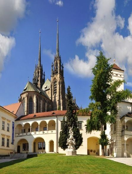 Petrov, Brno, Czechia. Photo by Ladislav Renner #city #brno #czechia