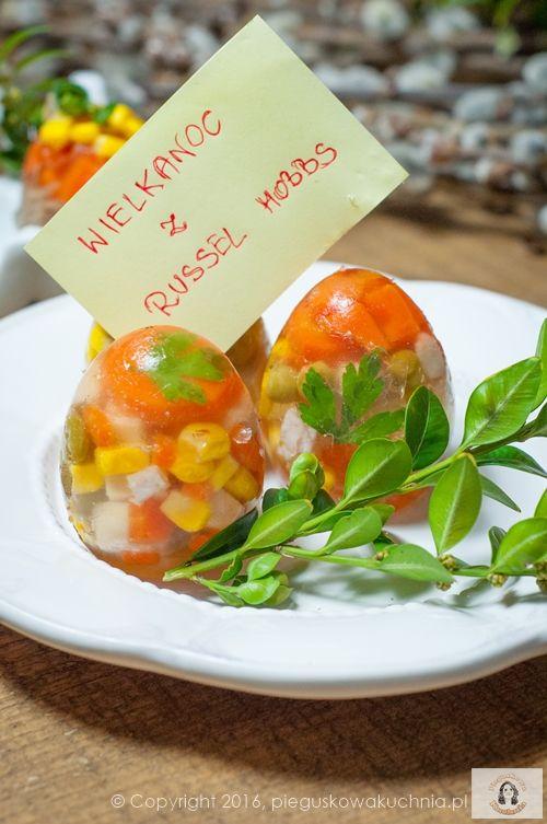 Dzisiaj zapraszam na świąteczną przekąskę podaną w bardzo efektowny sposób. Warzywa i indyk w aromatycznej galareciew kształcie jajka na pewno przykuje uwagę na świątecznym stole. Niewątpliwą zaletą jest możliwość dowolnej…