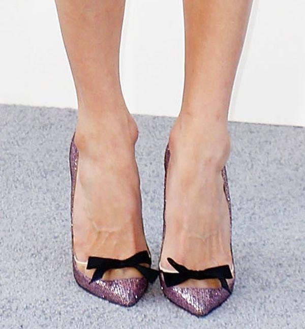 "Sarah Chalke in Christian Louboutin ""Love Me"" bow pumps"