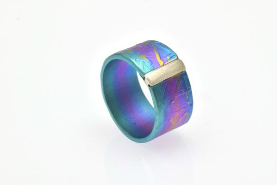 Alternative #PromiseRing, Anodized #TitaniumRing, Unique #EngagementRing, Unique #MultiColor Ring, Unisex Giampouras €87.50