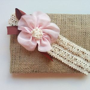 Περιγραφή: Κορδέλα – δαντέλα με ροζ λουλούδι http://www.minifashion.gr/