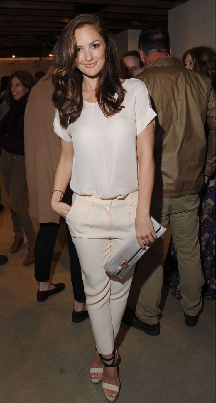 Minka Kelly / love the length and the caramel highlights.....time to go to the salon