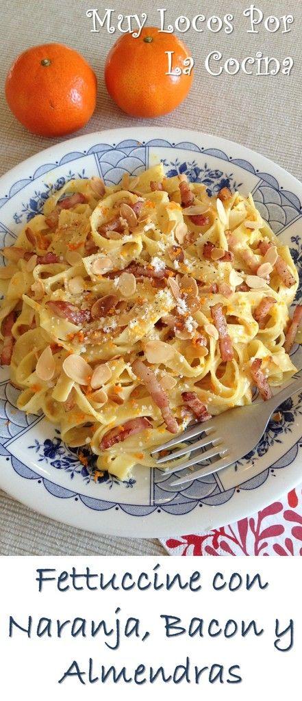 Fettuccine con Naranja, Bacon y Almendras: Una receta de pasta fácil, rápida y rica. Puedes encontrarla en www.muylocosporlacocina.com.