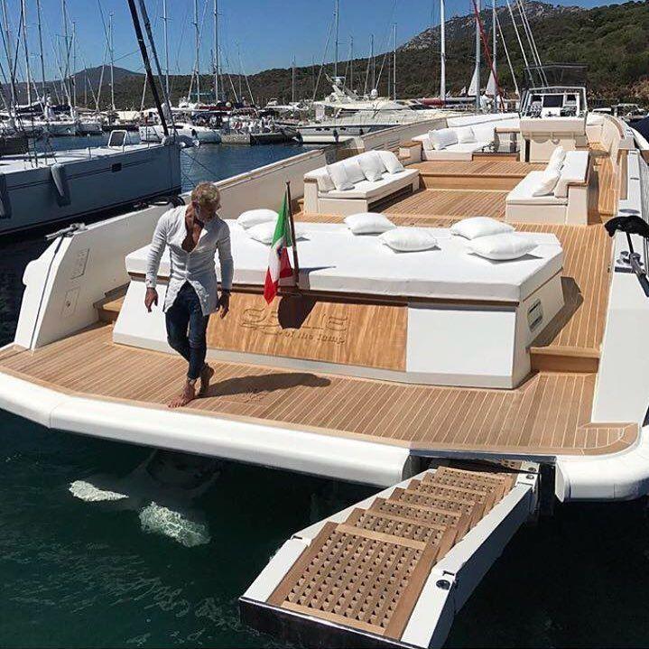Epingle Sur Yacht