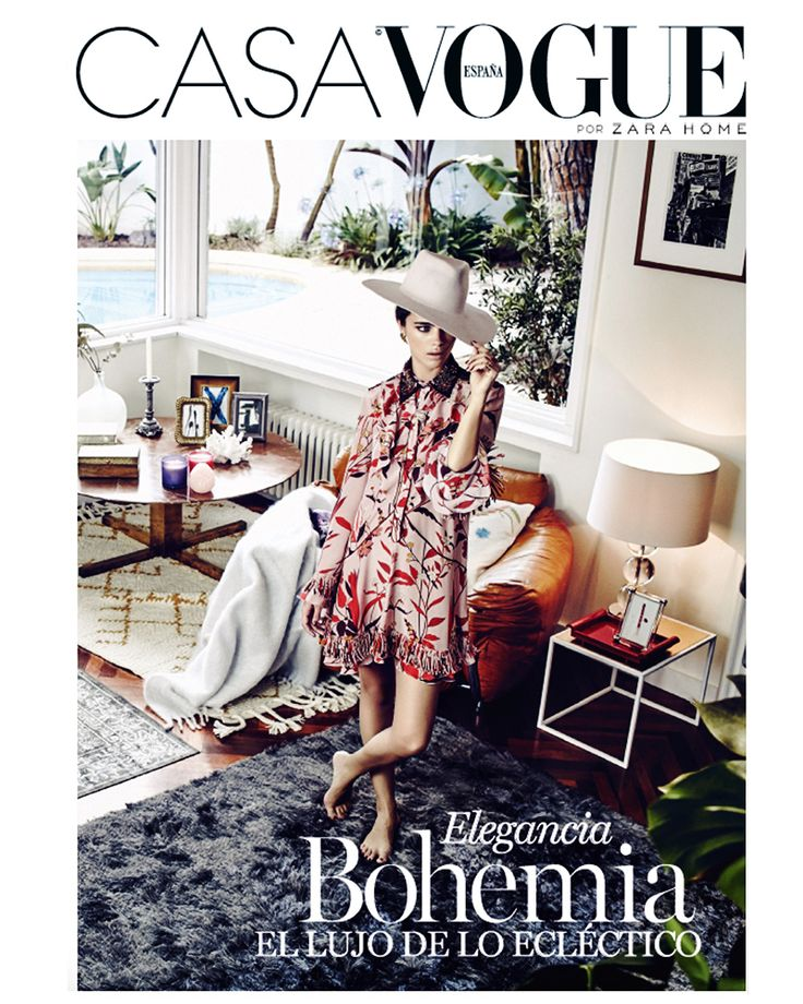 Bohemian elegance for this stunning Fay floral dress, the protagonist of Casa Vogue Spain's cover.