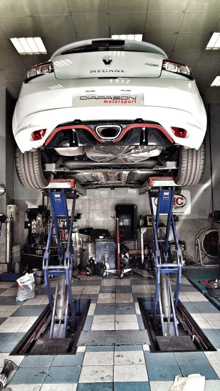 Aujourd'hui à l'atelier : montage d'une ligne après catalyseur Milltek Sport pour #MEGANE 3 #RS !!
