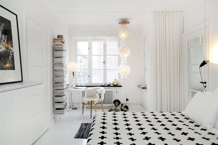 bedroom: Interior Design, Home, Pia Ramparts, Inspiration, Dream, White Bedrooms, Crosses, Space