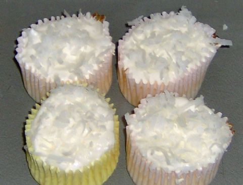 Easy, delicious and healthy Coconut Cream Fluffcakes (Hungry Girl) recipe from SparkRecipes. See our top-rated recipes for Coconut Cream Fluffcakes (Hungry Girl).