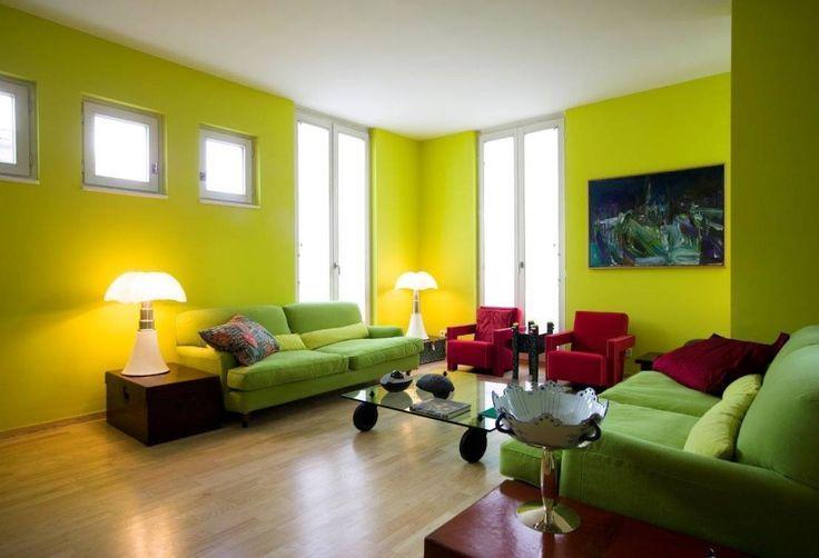 Im Berliner Stadtteil Grunewald haben unsere Experten von cpm architekten eine Bestandswohnung, die über drei Etagen verläuft, umgebaut und neu gestaltet.