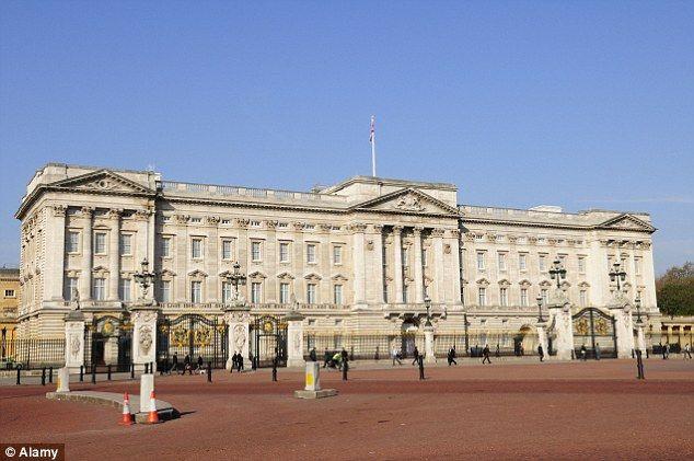 258 Best Buckingham Palace Images On Pinterest Buckingham Palace Buckingham Palace London And