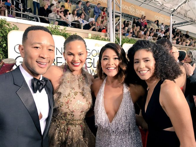 WHEN JOHN & CHRISSY POSED WITH GINA & HER SISTER | Source: Gina Rodriguez/Twitter