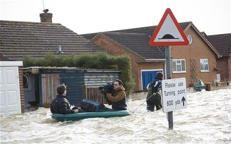 UK weather: flooding crisis set to deepen - Telegraph