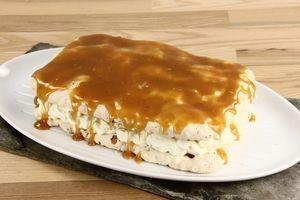 Færøsk æblekage - kartoffelmel i bundene kan udelades, så det bliver rene marengsbunde