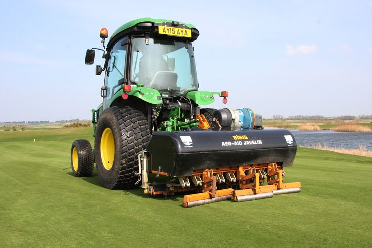 Following extensive trials conducted by the STRI (Sports Turf Research Institute), it has been concluded that the SISIS Javelin Aer-Aid tractor