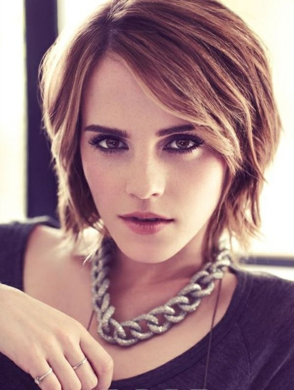 Emma Watson et ses cheveux courtes                                                                                                                                                                                 Plus