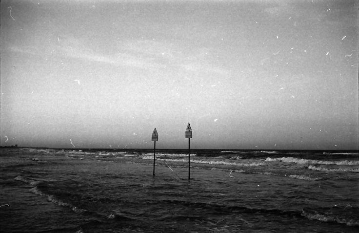 "Untitled - 2012 / Analog photography / Camera ""Kodak Retinette"" All rights reserved. #photo #Black #White #Kodak #pictures"