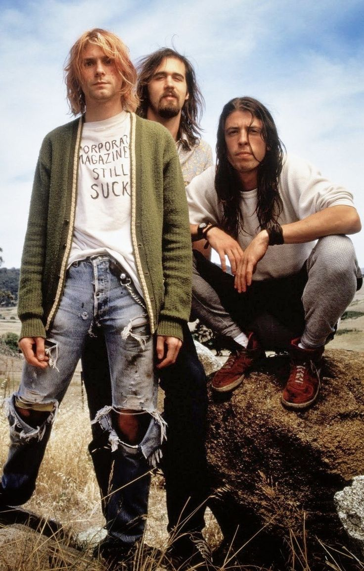 Grunge Nirvana style. Favorite band of all time
