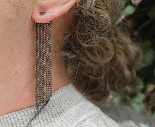 Ørering med oxideret kuglekæde