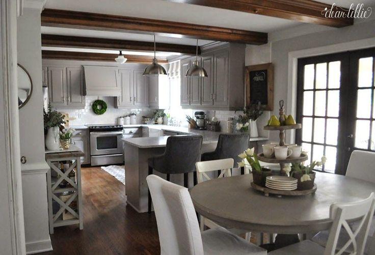 Los toques finales a Nuestro cambio de imagen de la cocina (Antes y Afters)  by Dear Lillie
