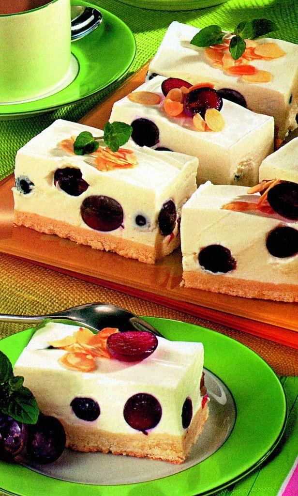 Prăjitură cremoasă cu struguri | Retete culinare - Romanesti si din Bucataria internationala