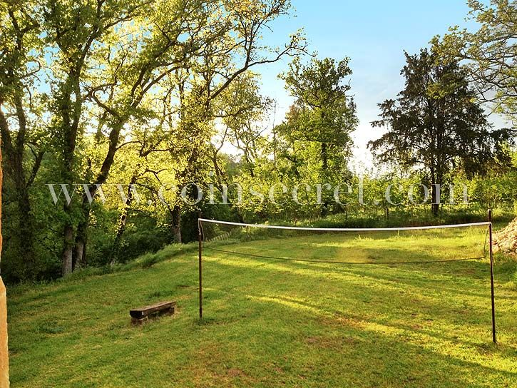 Holiday rental with pool in Dordogne near Gourdon : Coins Secrets