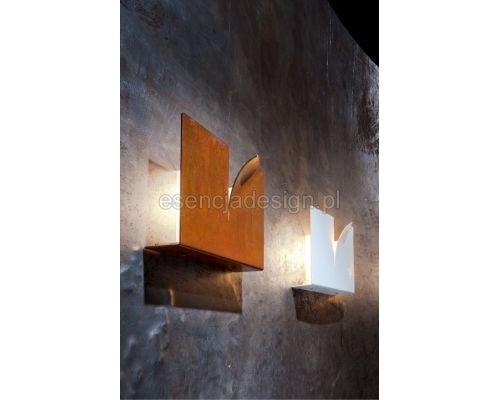 designerskie lampy http://esencjadesign.pl/zava/1318-lampa-nascienna-crack.html