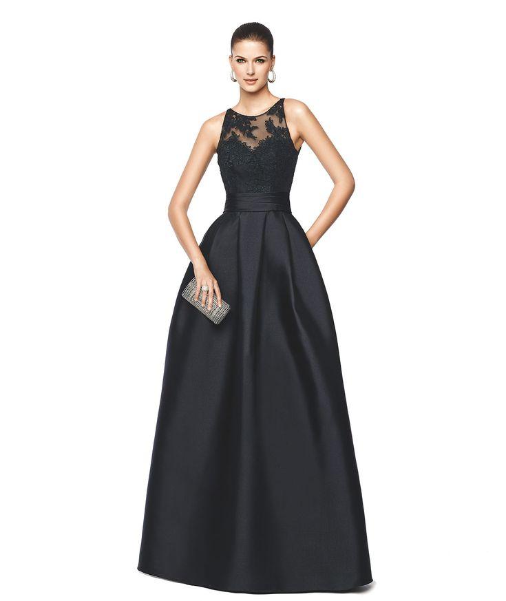 NALLIBE - Vestido de fiesta negro con corte evasé. Pronovias 2015 | Pronovias