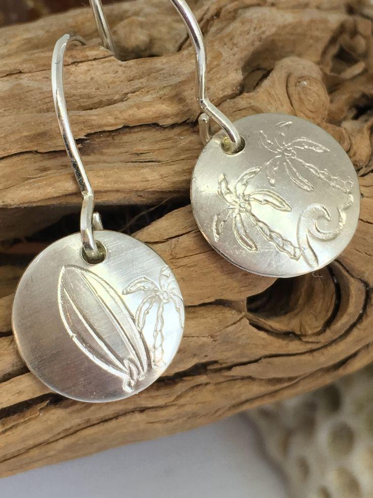 #zoeseleuthera #Silber935 # Unikatschmuck #Ringe #Ohrringe #Unikat #nachWunsch #individuell #Sprüche #Text #Koordinaten #handmadejewelry #handmadewithlove #design #jjewelrydesign #tinyrings #oceanlovers #hai #delphin #schildkröte #anker #maritimemotive #yoga #hund #pfote #düsseldorf #köln