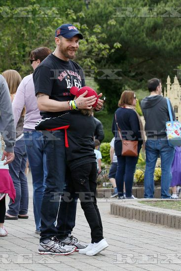Tom Hardy and his son Louis at Legoland may 2015