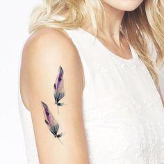 Satz von 2 Aquarell Federn Tattoo Muster Tattoo Tätowierung Handgelenk Sprunggelenk Körper Aufkleber gefälschte-tattoo von ArrowTattoo auf Etsy https://www.etsy.com/de/listing/244188422/satz-von-2-aquarell-federn-tattoo-muster