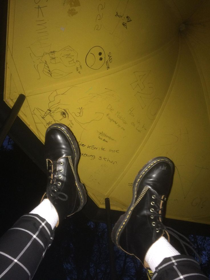 grunge dr martens docs boots street wear tumblr edgy vintage leather black yellow #MensFashionEdgy