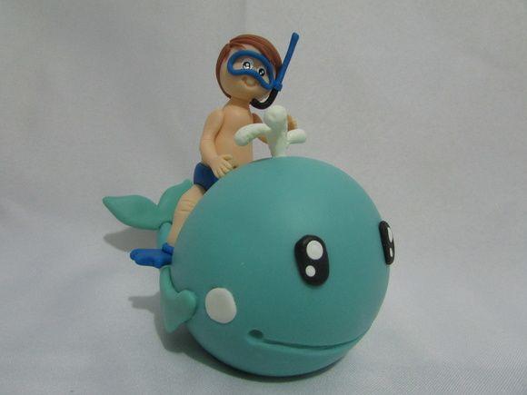 Topo de bolo mergulhador em biscuit