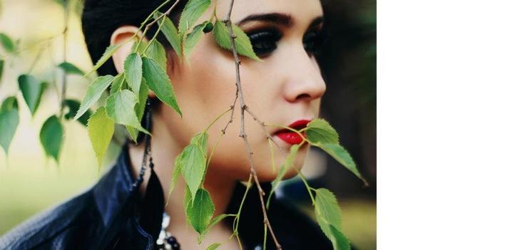 Photographer: Enrica Brescia (Rerry photography)  [ http://www.facebook.com/pages/Rerrys-photographia/147098505350731 ]  Model: Claudia Pelagatti  Make-Up & Hairstyle: Claudia Pelagatti  Location: Villa Torlonia, Rome