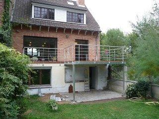 metal et concept terrasse m tallique suspendue et mezzanine ext rieure maison jardin. Black Bedroom Furniture Sets. Home Design Ideas