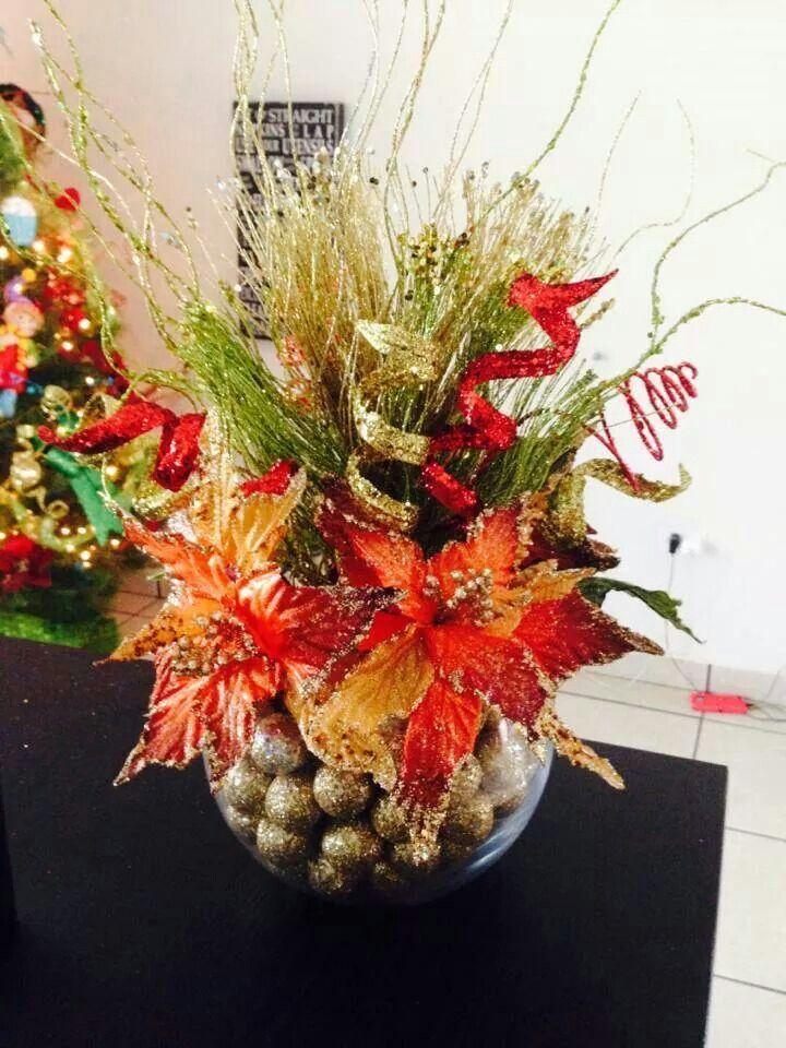M s de 1000 im genes sobre navidad en pinterest mesas - Centros florales navidenos ...