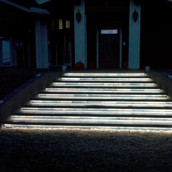 led streifen wasserdicht treppenbeleuchtung aussen licht led led treppenbeleuchtung und led. Black Bedroom Furniture Sets. Home Design Ideas