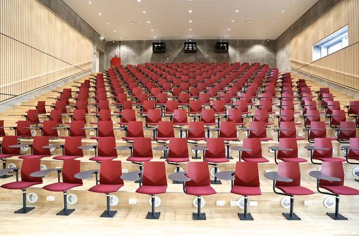 Four®Cast'2 Audi - by Four Design – Perfect in auditorium, educational establishments and waiting areas. Four®Cast'2 Audi is the 'new black' in auditorium furnishing.