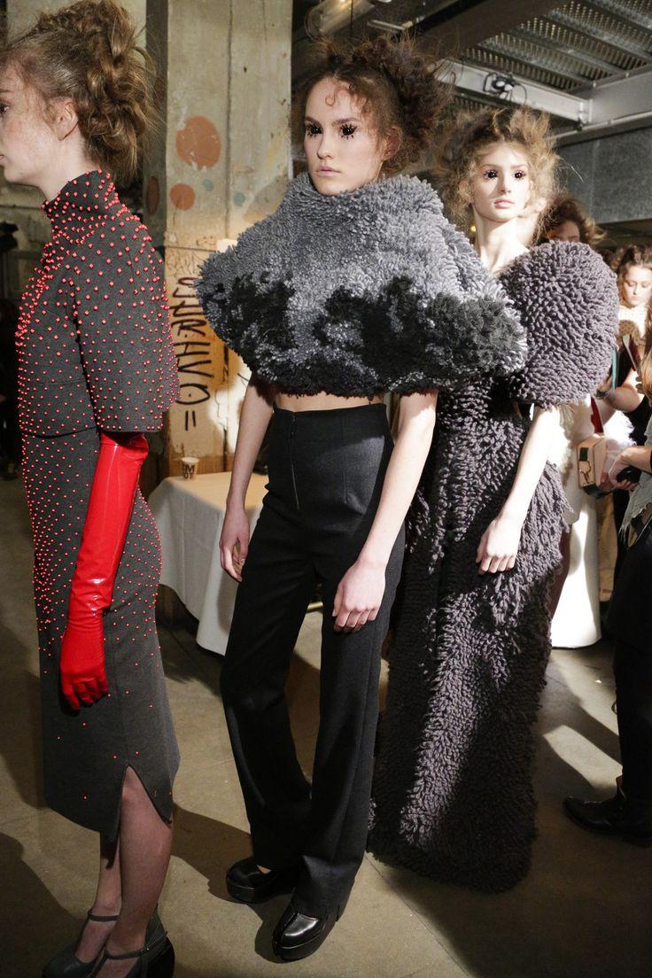Esther Dorhout Mees, textiel getuft in het TextielLab