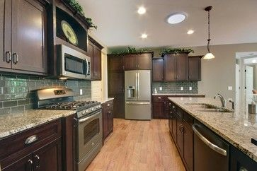 2013 Spring Parade Home - traditional - Kitchen - Grand Rapids - Koetje Builders Inc